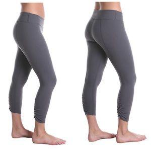Beyond Yoga crop Legging